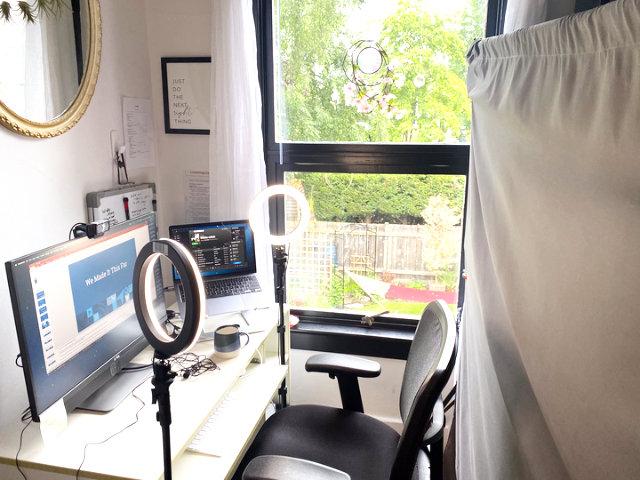 عکس پشت صحنه در MozCon Virtual